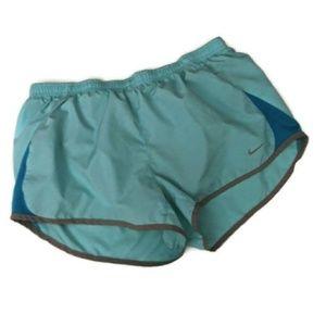 Nike women's athletic shorts L